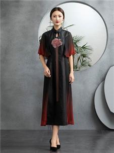 香云莎女装2019新款民族风A字裙