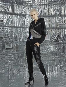 维斯提诺2019黑色时尚外套