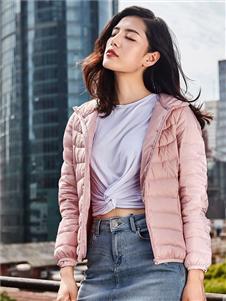 鸭鸭2019秋冬装粉色羽绒衣