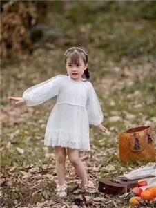 恰貝貝2019秋冬裝白色公主裙