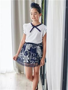 安妮公主2019印花公主裙