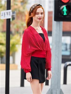 贝珞茵2020新款红色波点外套