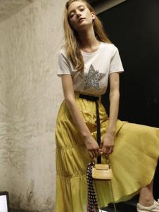 雅芙女装雅芙2020春夏星星短袖
