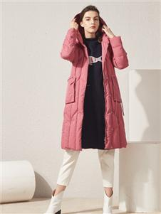 約布粉色羽絨衣