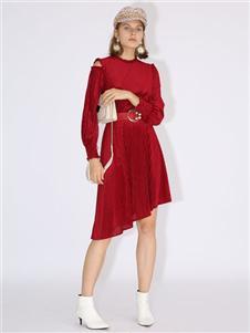 betu百图春装红色连衣裙