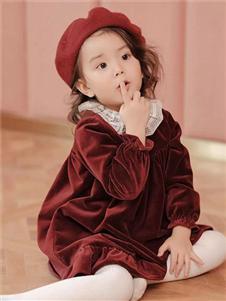 UN秋冬装红色连衣裙