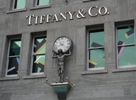 蒂芙尼卖咖啡、古驰开餐厅 奢侈澳门银河娱乐场注册这是唱哪出
