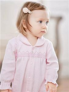 卡迪熊粉色连衣裙