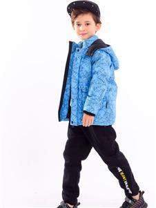 贝力高蓝色外套