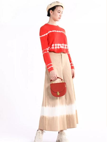 迪凯红色针织衫