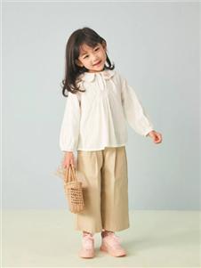 金果果白色衬衫