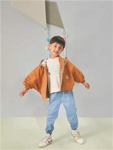 金果果棕色外套