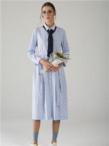 墨曲蓝色衬衫连衣裙
