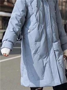 淘衣岛蓝色羽绒衣