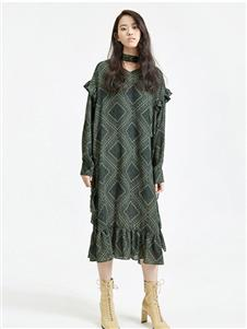 劉劉墨綠色連衣裙