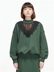 劉劉墨綠色衛衣