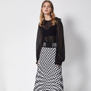 DTWO极简设计师女装 深受国内外时尚消费者喜爱