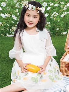 铅笔俱乐部新款白色连衣裙