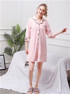 珍妮芬粉色时尚家居服