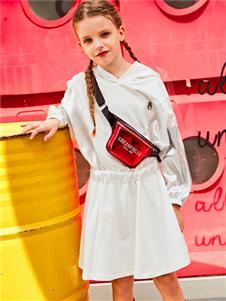 暇步士春季新款白色连衣裙