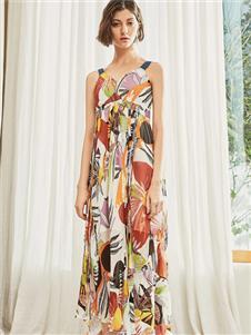 雀啡时尚新款印花连衣裙