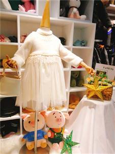 可米芽童装粉色可爱裙子