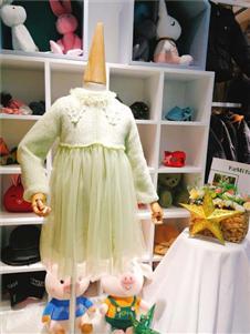 可米芽女童牛油果绿裙子