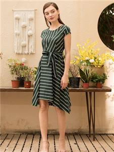 MEISOUL條紋連衣裙