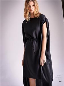 南耳黑色连衣裙