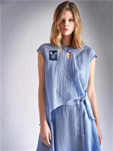 南耳蓝色连衣裙