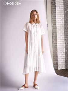 南耳白色连衣裙