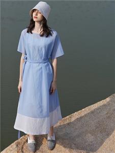 柒秀蓝色连衣裙