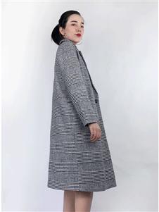 筱陌毛呢大衣