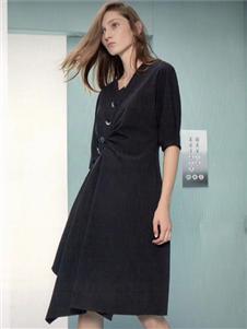 衣魅人2020黑色连衣裙