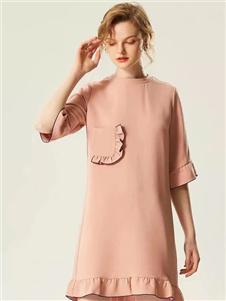 衣魅人2020粉色连衣裙