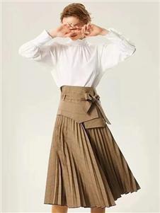 衣魅人2020新款半裙
