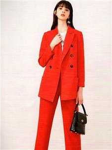 衣魅人2020红色西服套装