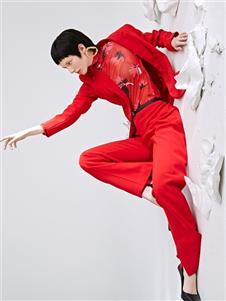 佧茜文2020红色西服套装
