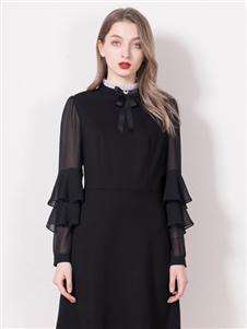 柏维娅黑色连衣裙
