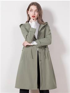 柏维娅绿色风衣