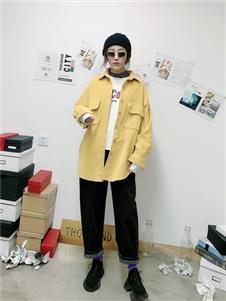 千城黄色衬衫