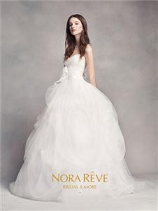 NORAREVE白色婚纱