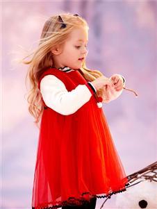 可拉比特红色连衣裙