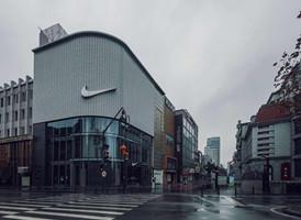 受疫情影响 鞋服品牌纷纷关店歇业