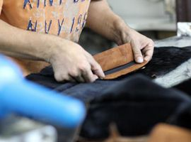 纺织服装行业股市受新型冠状病毒疫情影响,股价连跌