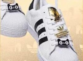 潮流五十年 Adidas推出周年定制版天猫精灵