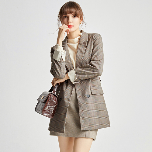 美与气质的融合 戈蔓婷品牌女装打造市场时尚潮流的风范