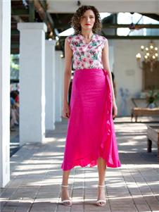 香莎女装2020春夏款玫红色半身裙