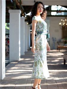 香莎女装2020春夏款优雅连衣裙