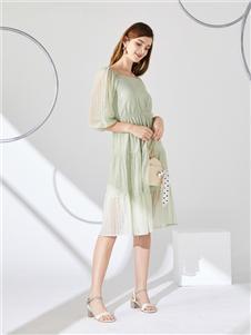 城市衣柜女装城市衣柜2020春夏装连衣裙